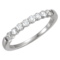 Picture of 0.33 Total Carat Anniversary Wedding Round Diamond Ring