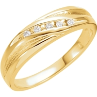 Picture of 0.10 Total Carat Designer Round Diamond Band
