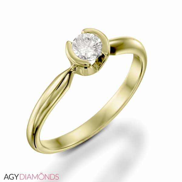 Picture of 0.23 Total Carat Solitaire Engagement Round Diamond Ring