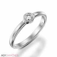 Picture of 0.10 Total Carat Solitaire Engagement Round Diamond Ring